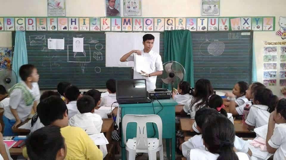 Jhucel Atienza Del Rosario TeacherPH
